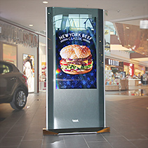 digital signage totem octaedge 55 windows